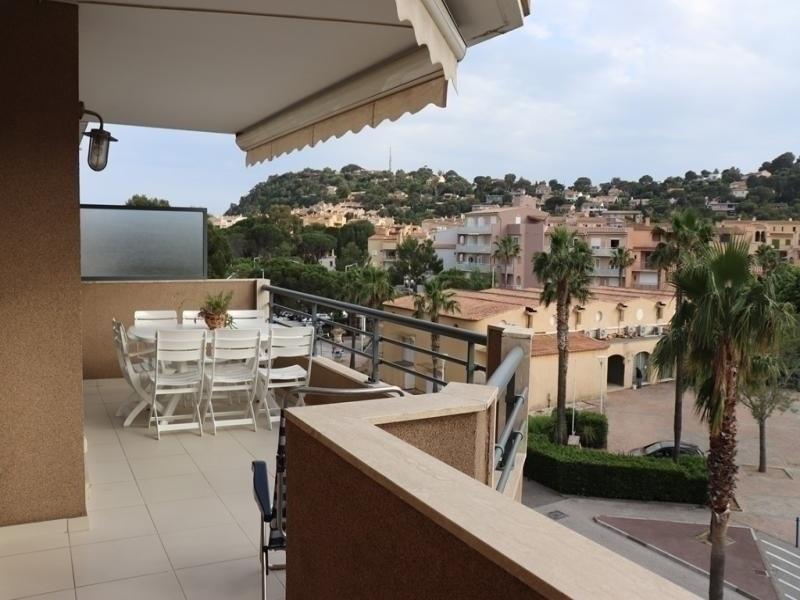 Location vacances Cavalaire-sur-Mer -  Appartement - 6 personnes - Télévision - Photo N° 1