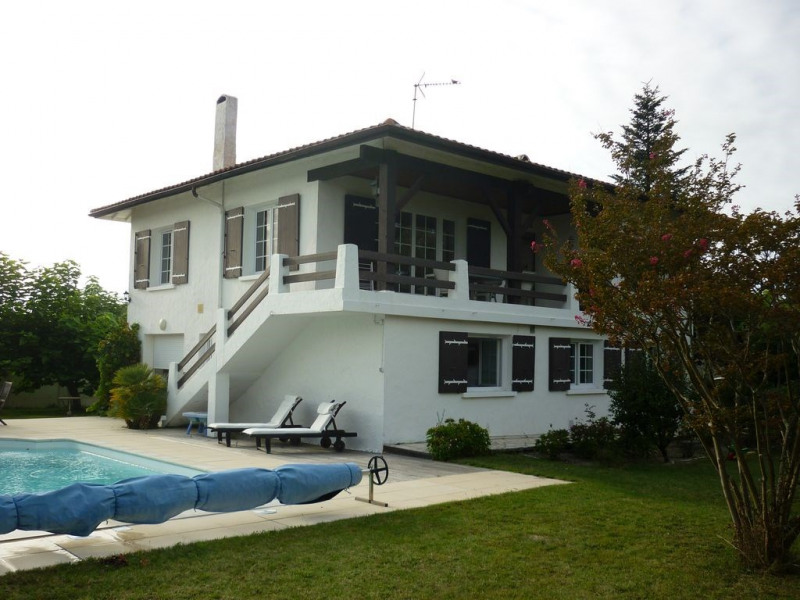 """La Bere-Huyere"" MAISON 8 couchages AVEC PISCINE PRIVATIVE DIRECT SUR LE BASSIN D'ARCACHON"