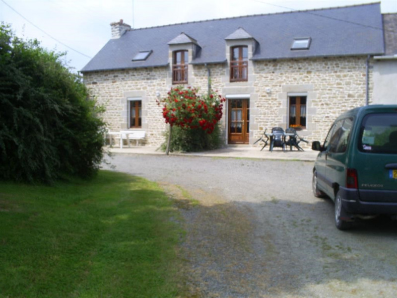Location vacances Broons -  Maison - 6 personnes - Barbecue - Photo N° 1