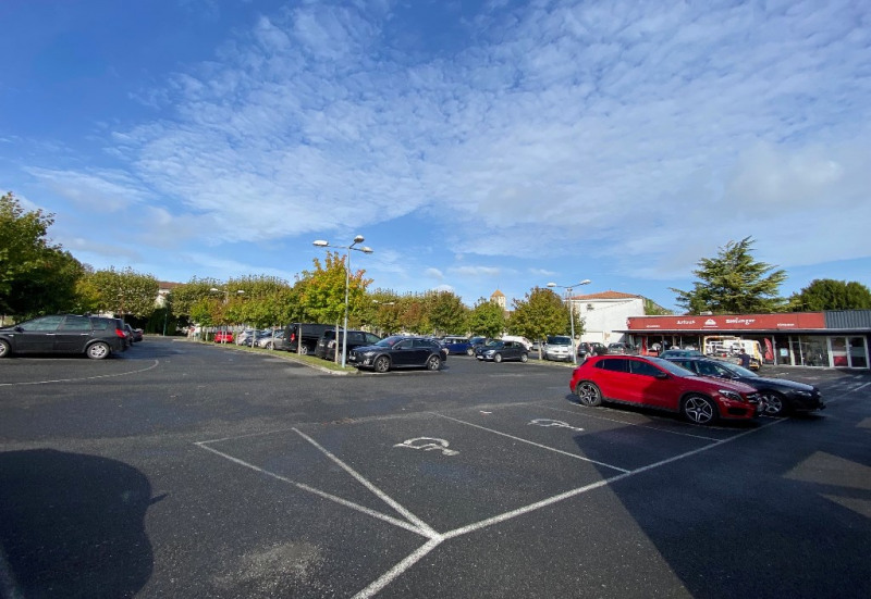 Location Local commercial Barbezieux-Saint-Hilaire