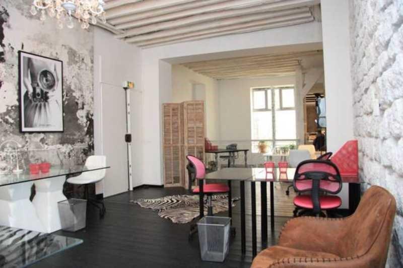 location bureau paris 10 me paris 75 115 m r f rence n 669843. Black Bedroom Furniture Sets. Home Design Ideas