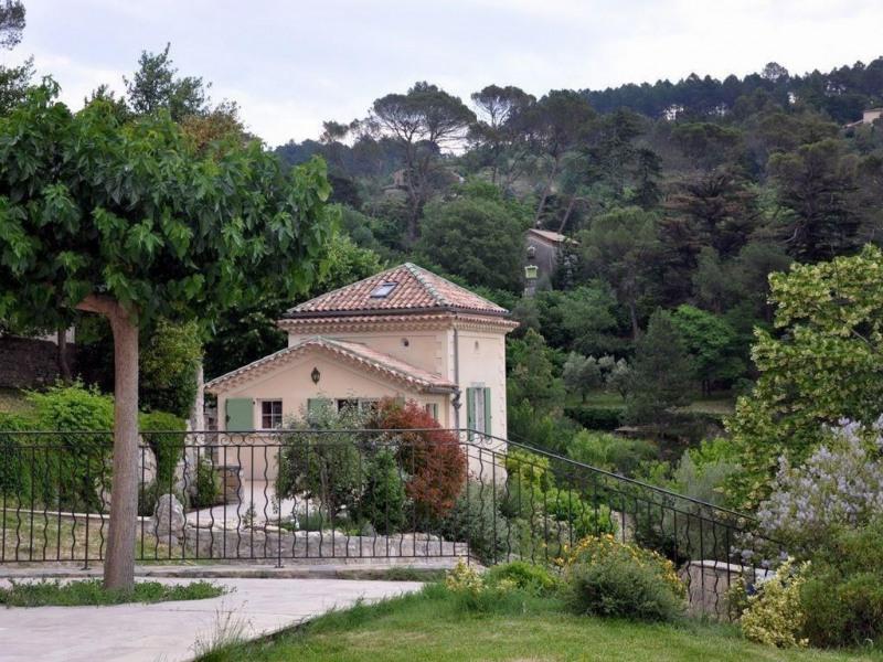 Gite confortable avec 3 chambres et piscine à Anduze