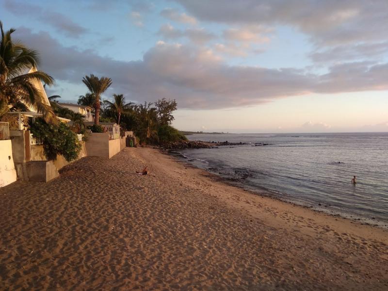La plage à 50m de la maison