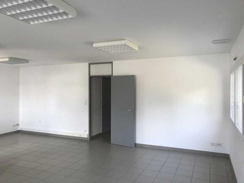 Location Bureau Castries
