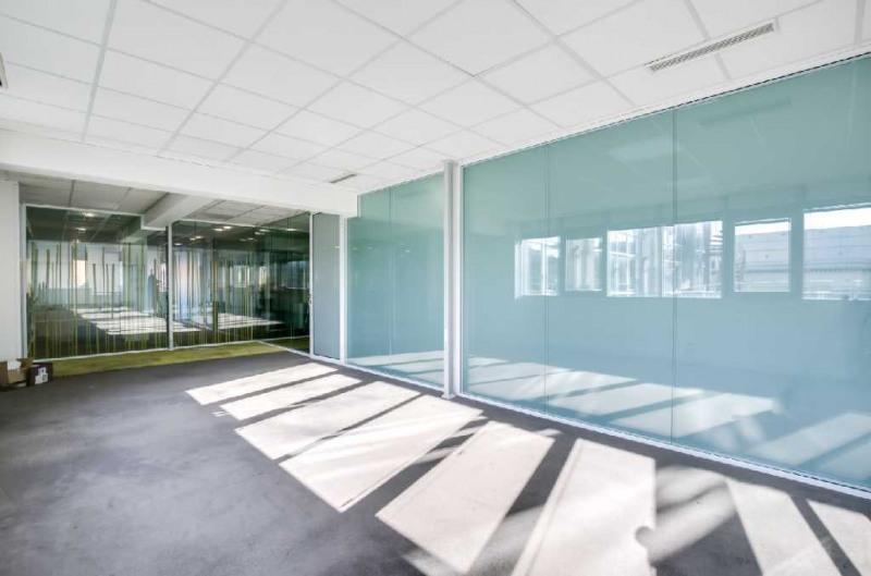 location bureau suresnes centre ville 92150 bureau suresnes centre ville de 827 m ref l56060. Black Bedroom Furniture Sets. Home Design Ideas