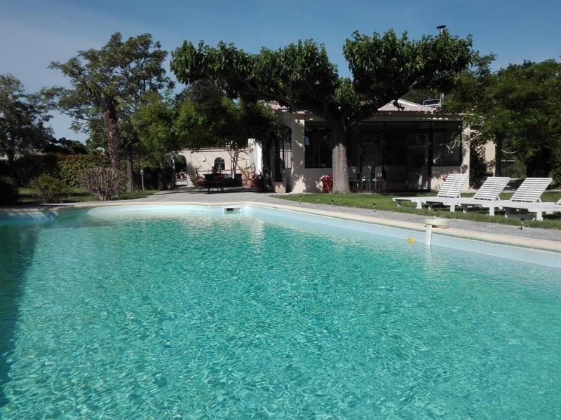 pour 10 pers. avec piscine privée, Bédarrides