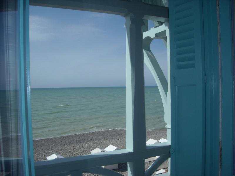 appartement vue directe sur mer