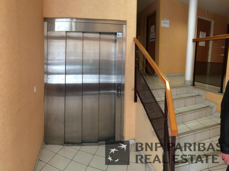 vente bureau le mans sarthe 72 695 m r f rence n. Black Bedroom Furniture Sets. Home Design Ideas