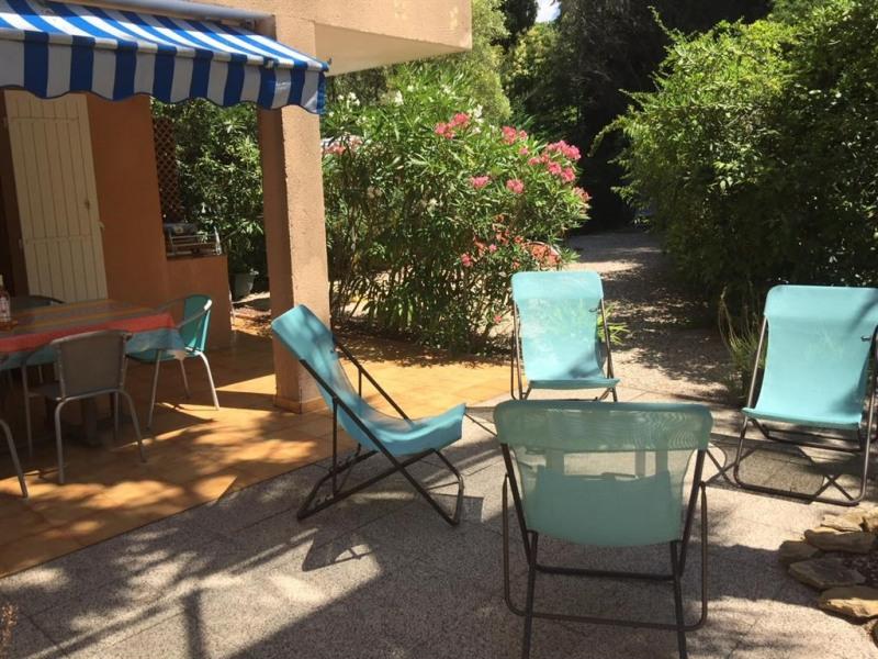 Location vacances La Ciotat -  Appartement - 6 personnes - Chaise longue - Photo N° 1