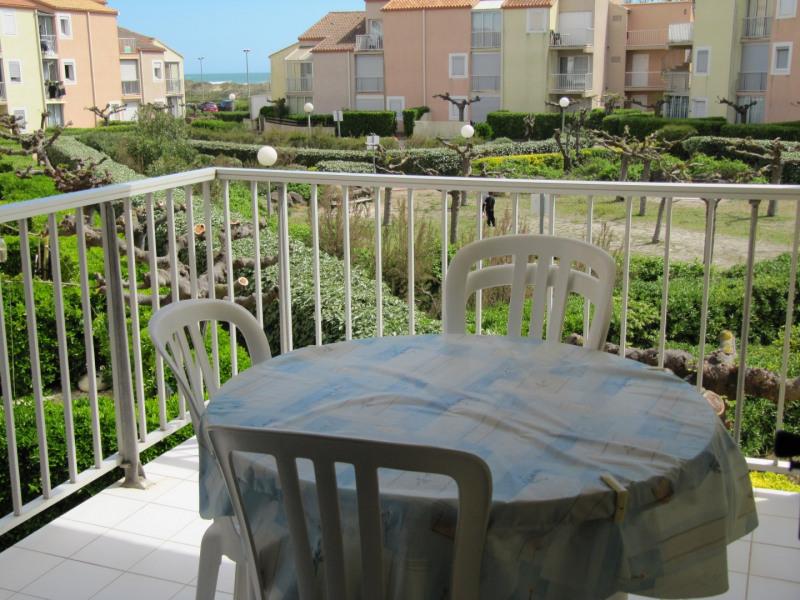 Location vacances Marseillan -  Appartement - 4 personnes - Salon de jardin - Photo N° 1