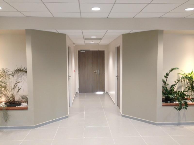 location bureau aix en provence bouches du rh ne 13 1004 m r f rence n 511183. Black Bedroom Furniture Sets. Home Design Ideas