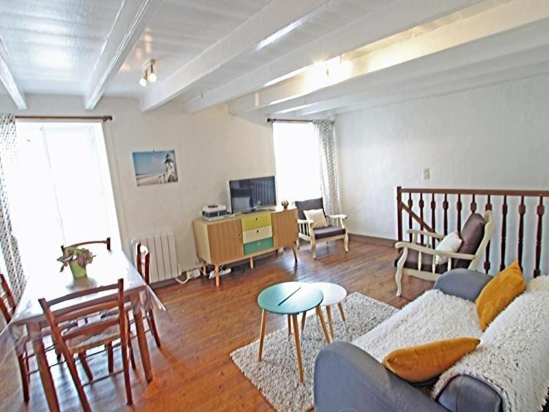 Location vacances Saint-Vaast-la-Hougue -  Appartement - 4 personnes - Télévision - Photo N° 1