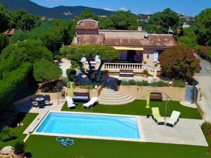 Belle villa avec piscine et jardin