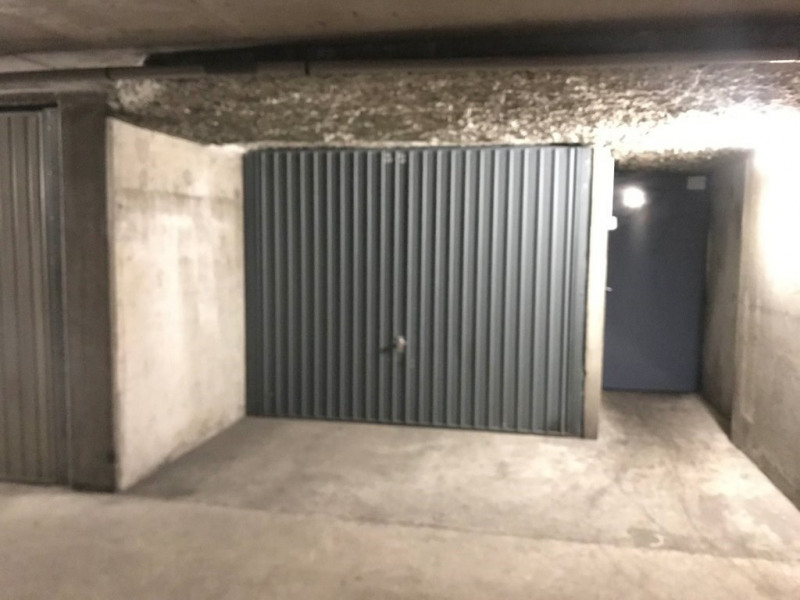 Location Parking / Box 11m² Lyon 6ème