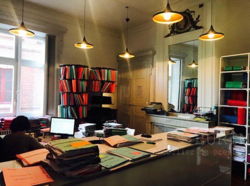 location bureau toulouse capitole 31000 bureau toulouse capitole de 288 m ref r f 00072. Black Bedroom Furniture Sets. Home Design Ideas