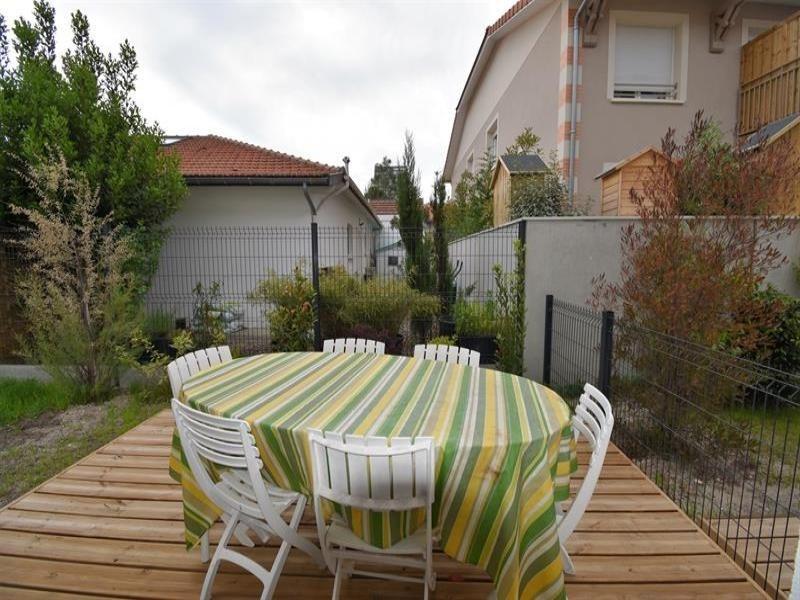 Arcachon - Proche Aiguillon - BEAU T4 de 94m2 neuf - 6 couchages - avec jardinet clos et 2 places...