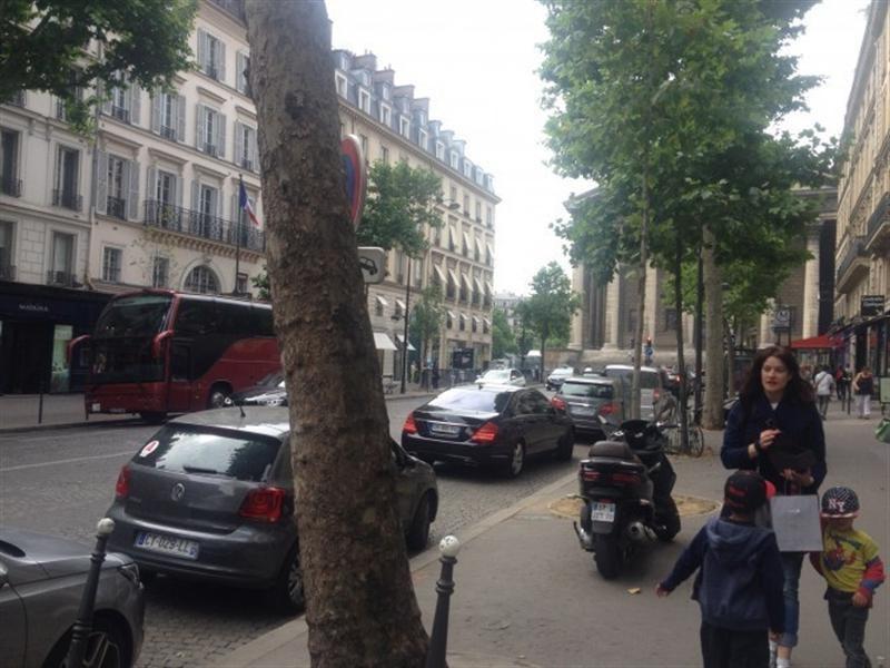 Restauration Rapide Quartier De La Madeleine Paris