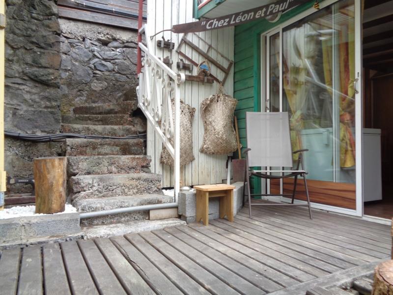 Location vacances La Possession -  Gite - 2 personnes - Salon de jardin - Photo N° 1