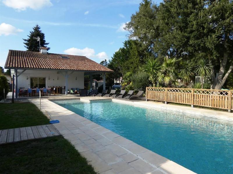 Location vacances Léon -  Maison - 10 personnes - Jardin - Photo N° 1