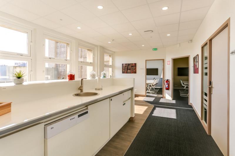 location coworking amiens amiens 2 la vall e 80000 espace de coworking louer amiens. Black Bedroom Furniture Sets. Home Design Ideas