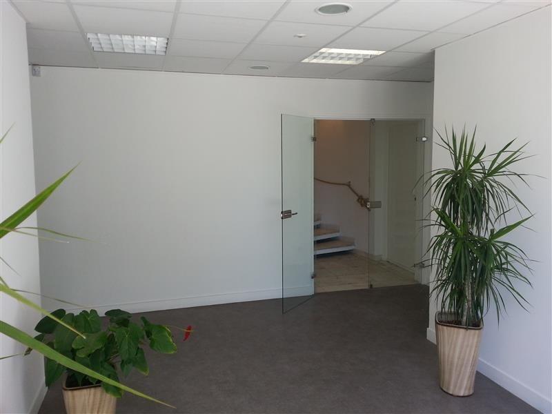 sous location bureau sous location bureau sous location bureau ferm 10m sous location. Black Bedroom Furniture Sets. Home Design Ideas