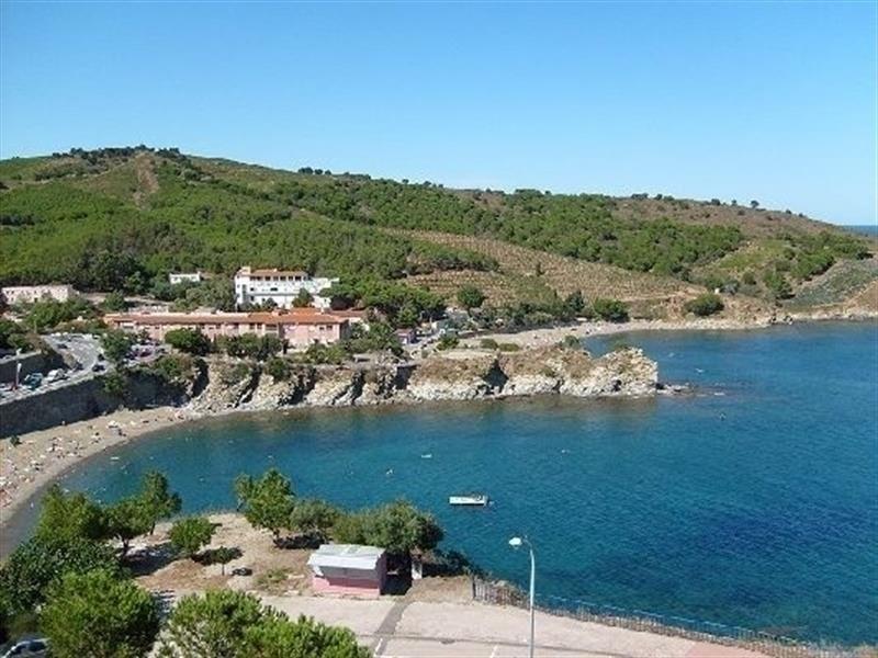 Agréable studio avec vue sur la mer, loggia et place de parking privative