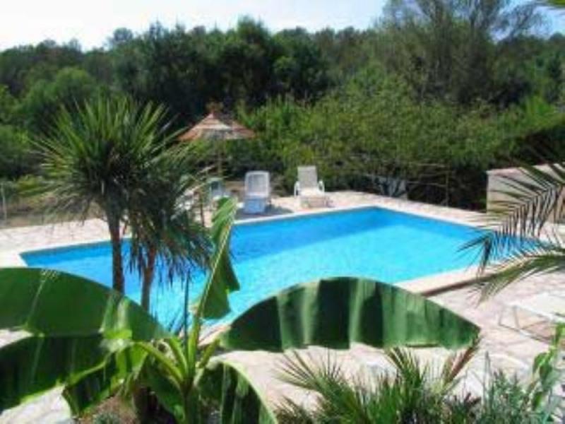 Villa avec piscine près de Montpellier le calme entre vignes et pinèdes