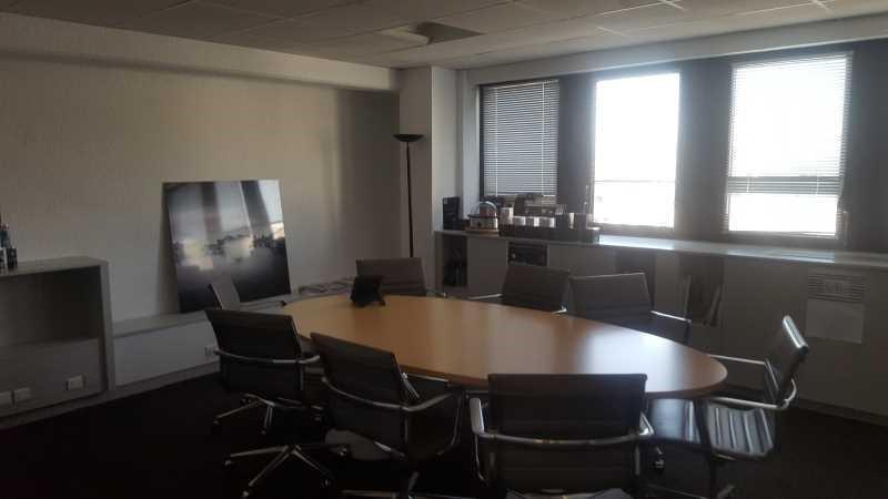 vente bureau suresnes hauts de seine 92 283 m r f rence n 655727. Black Bedroom Furniture Sets. Home Design Ideas