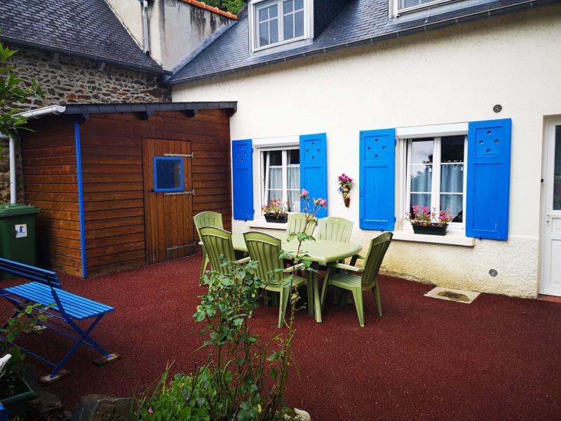 Location vacances Binic -  Maison - 5 personnes - Cour - Photo N° 1