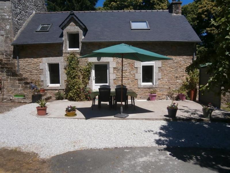 Location vacances Lescouët-Gouarec -  Maison - 5 personnes - Barbecue - Photo N° 1