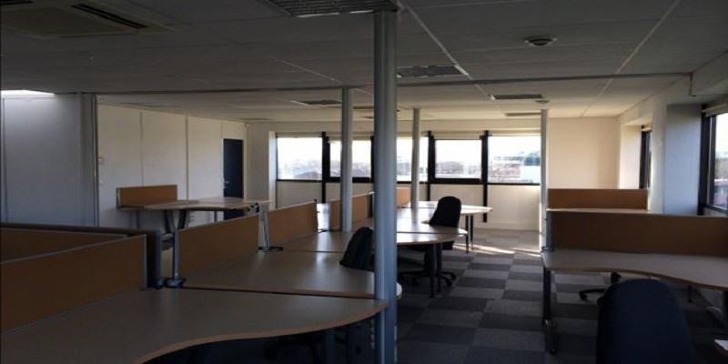 location bureau reims 51100 bureau reims de 285 m. Black Bedroom Furniture Sets. Home Design Ideas
