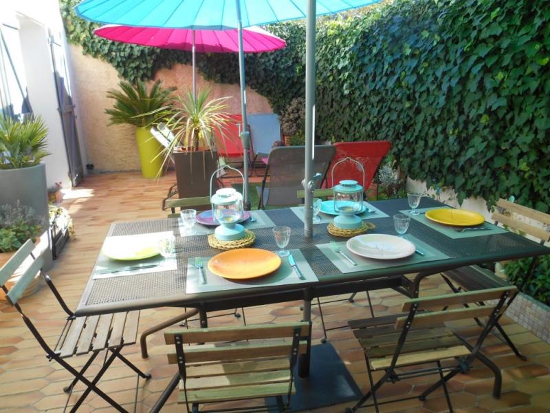 Le patio: vue d'ensemble.
