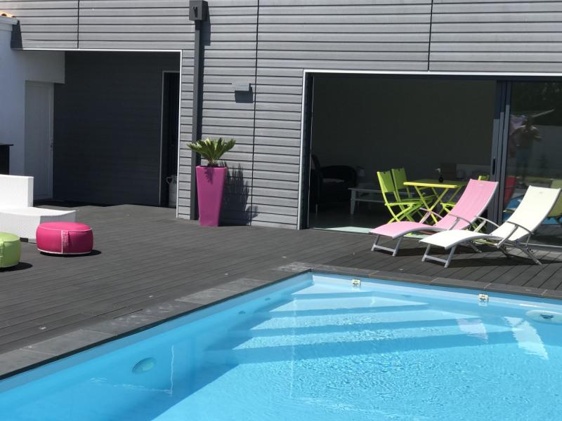 Location vacances Saint-Christophe-du-Bois -  Appartement - 2 personnes - Chaise longue - Photo N° 1
