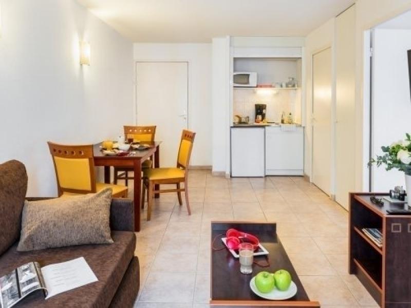 Location vacances Nice -  Appartement - 2 personnes - Cuisinière électrique / gaz - Photo N° 1