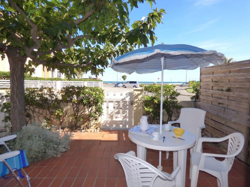 Location vacances Narbonne -  Appartement - 2 personnes - Salon de jardin - Photo N° 1
