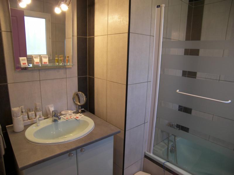 salle de bain /WC privé