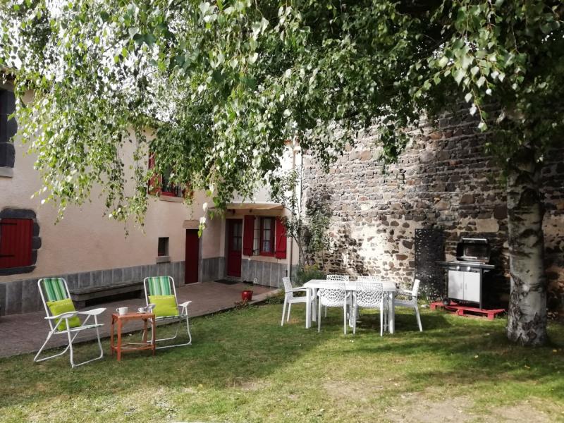 House De Vacances à Saint Sandoux En Auvergne Pour 7 Ppl