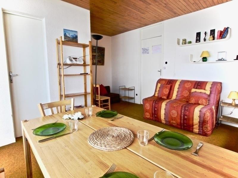 Appartement 2 pièces 4 personnes proche des pistes, idéalement placé avec vue panoramique.
