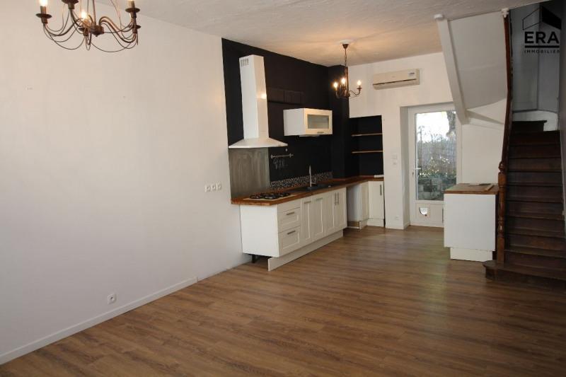 vente maison 3 pi ces angoul me maison maison de ville f3 t3 3 pi ces 90m 118250. Black Bedroom Furniture Sets. Home Design Ideas