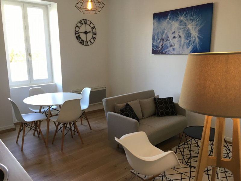 Location vacances Lozanne -  Appartement - 3 personnes - Jardin - Photo N° 1