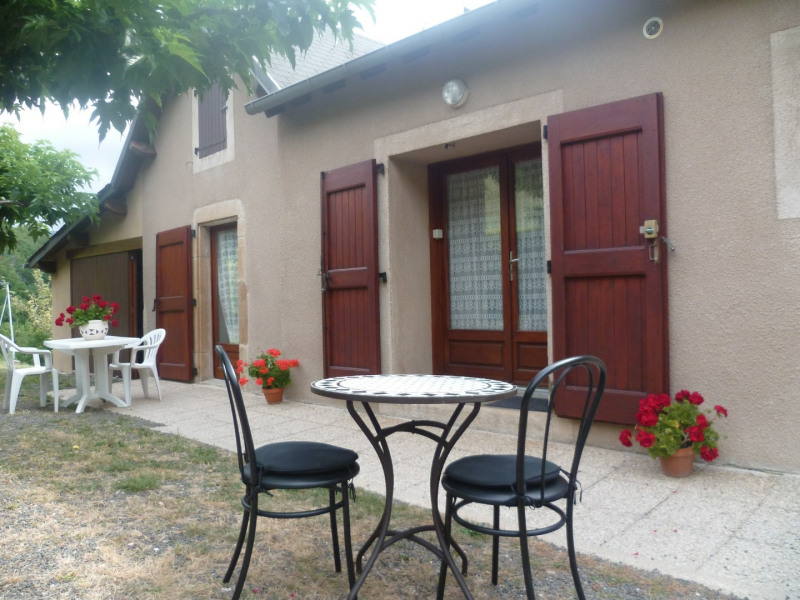 Location vacances Florac -  Appartement - 4 personnes - Salon de jardin - Photo N° 1