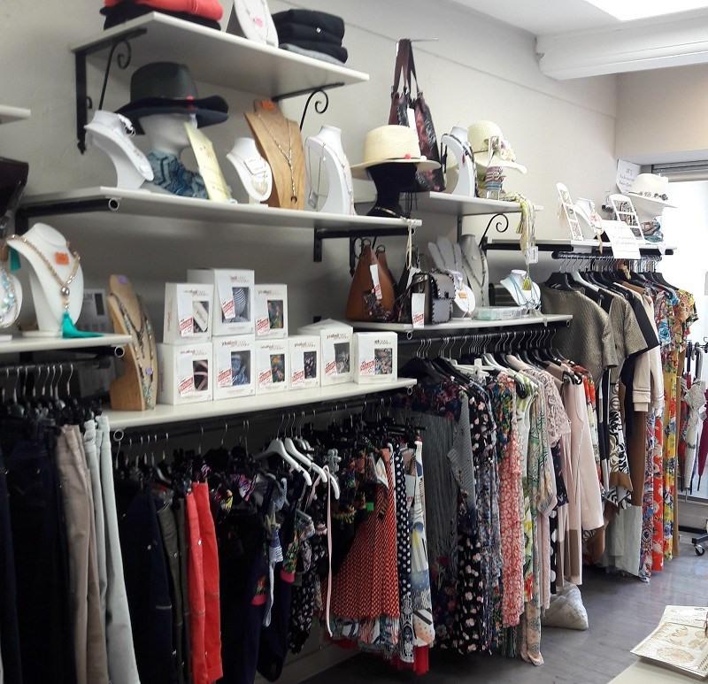 Fonds de commerce Prêt-à-porter-Textile Cercié