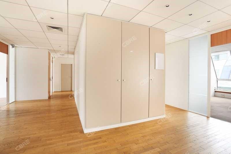location bureau levallois perret maurice ravel 92300. Black Bedroom Furniture Sets. Home Design Ideas