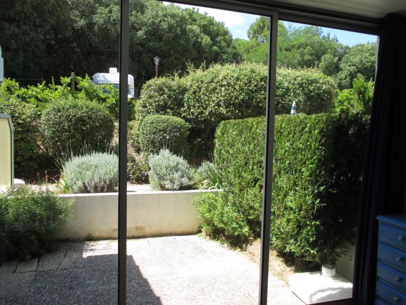 Location vacances La Barre-de-Monts -  Appartement - 4 personnes - Salon de jardin - Photo N° 1