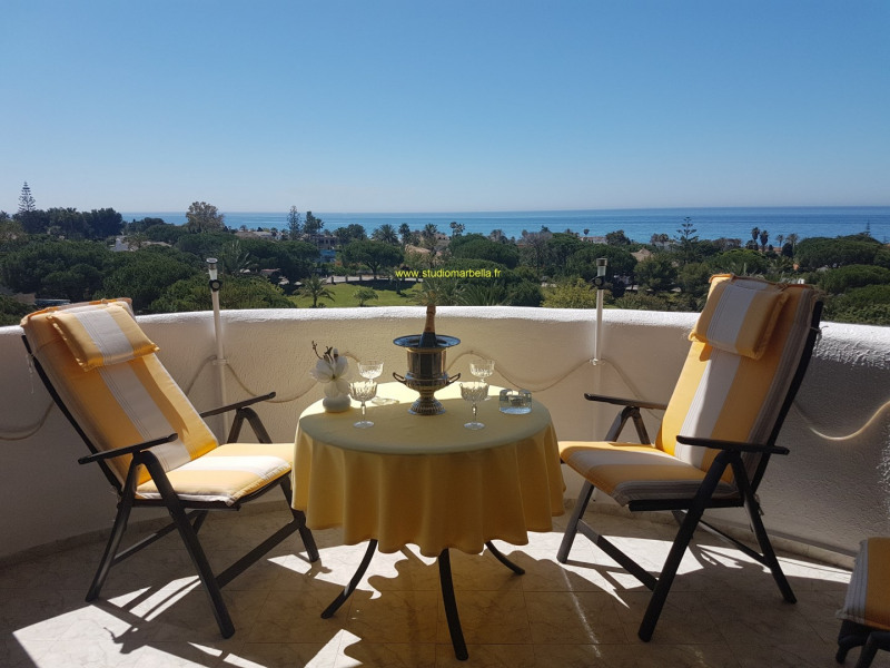 Location vacances Marbella -  Appartement - 4 personnes - Chaise longue - Photo N° 1
