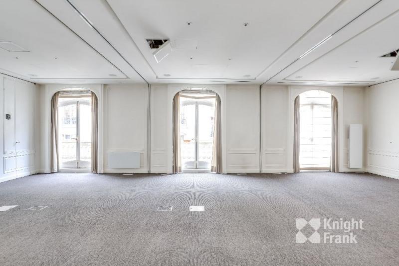 location bureau paris 8 me paris 75 941 m r f rence n. Black Bedroom Furniture Sets. Home Design Ideas