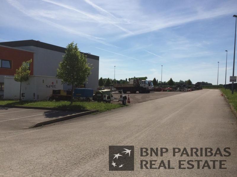 Location Local d'activités / Entrepôt Levernois
