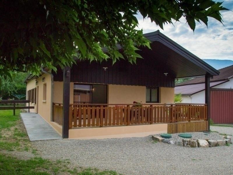 Location vacances Chantesse -  Maison - 4 personnes - Barbecue - Photo N° 1