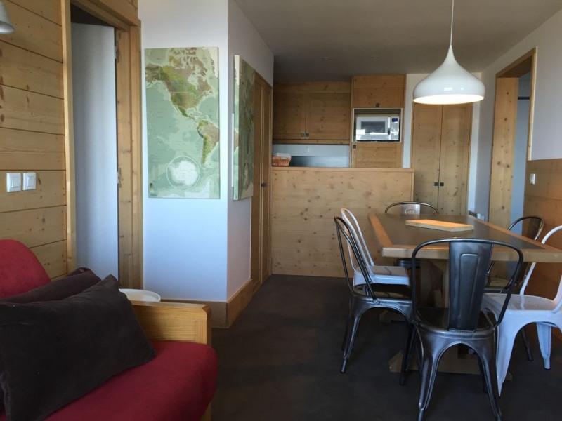 HAUT DE STATION - APPARTEMENT 3 chambres, VUE DEGAGEE PLEIN SUD