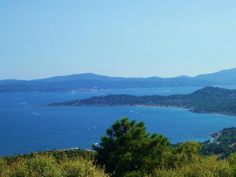 Magnifique vue de mer et sur Saint Tropez